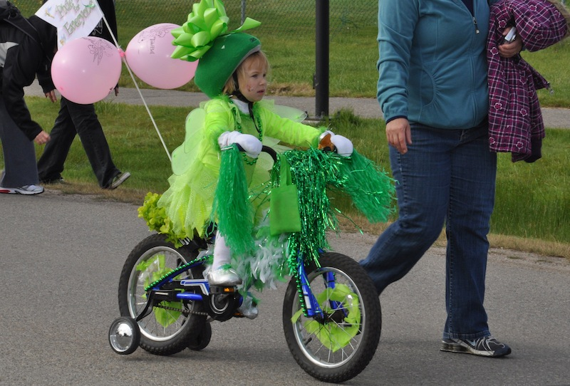 Spruce up your wheels for the fair the chestermere for Bike decorating ideas