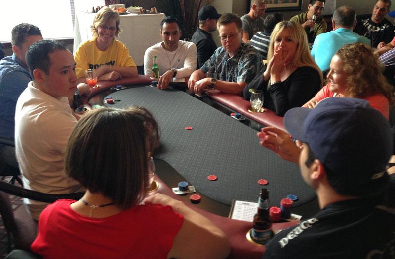 Texas holdem how many decks