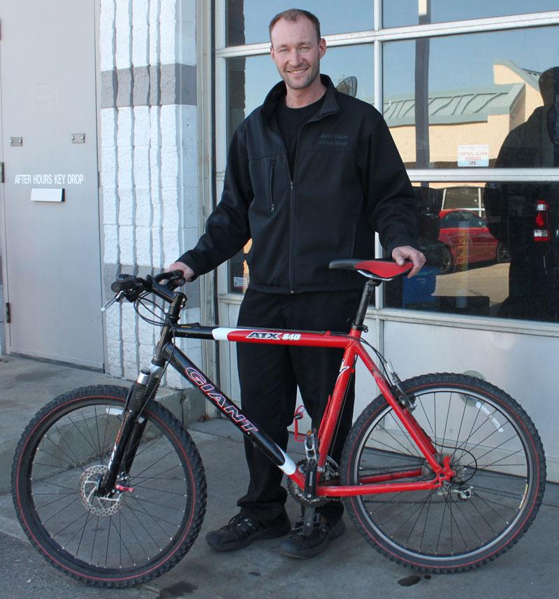 Cyclist-Chad-Stronge