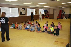 local tae kwon do school takes stand against bullying_001